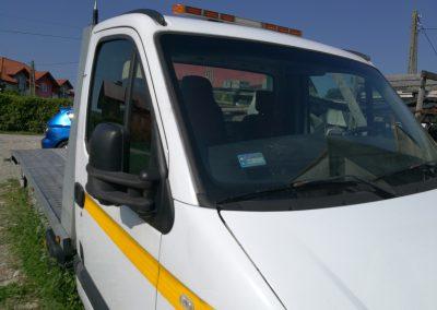Pomoc drogowa holowanie laweta 3 400x284